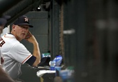 Astros extend manager A.J. Hinch's contract through 2022