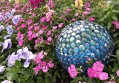 Ideas For Spectacular DIY Garden Balls