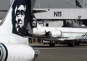 Airplane crashes after mechanic steals it from Seattle airport