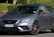 For a more driver-focused Cupra, say R
