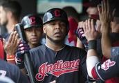 MLB notebook: Indians' Encarnacion (biceps) could go on DL
