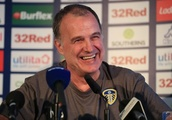 Marcelo Bielsa sets coaching example for Jose Mourinho to follow