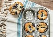 Emmy Rossum sweetens her Paleo-friendly muffins with 2 extra-healthy secret ingredients