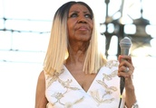 Aretha Franklin Resting at Home and Her Family Remain Hopeful Despite Health Battle, Says Nephew