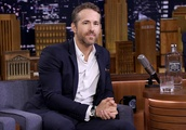 """Ryan Reynolds Just Voluntarily Drank a Cocktail of """"Blood"""", Bone Broth, Bacon, Egg, and Ch"""
