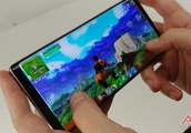 Fortnite Players Using Demo Note 9 Units to Steal Galaxy Skins