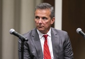 Ohio State coach Meyer offers media critique, clarification