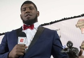 Ed Oliver lets loose at UH's Cage Rage