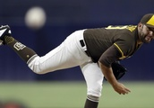 Kennedy backed by 3 HRs as Padres beat Rockies 7-0