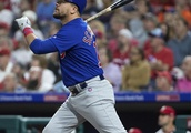 Hendricks, Baez lead Cubs past Phillies