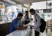 India's Regulators Seek to Rein In Internet Giants