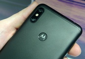 Hands on with the Motorola One and One Power: One of these phones doesn't need to exist