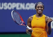 '17 champ Stephens wins quite a point, returns to US Open QF