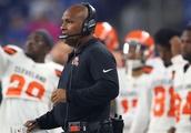 Cleveland Browns: No call for Hue Jackson's OL undecidedness