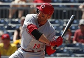 Votto gets fan's shirt, vote; Reds get 5-1 loss vs Pirates
