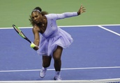 Serena Williams uses net game, easily into 9th US Open final