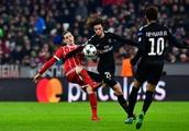 Liverpool not interested in move for Paris Saint-Germain midfielder Adrien Rabiot