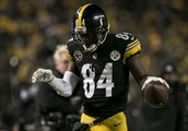 Antonio Brown is trying to play peacemaker for the Steelers
