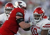 Ed Oliver Watch: Texas Tech contains UH DT