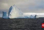 Underwater walls could stop glaciers from melting, scientists say