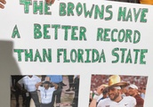 13 Funniest Signs From College GameDay in Eugene