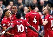 'A Liability': Liverpool Fans Criticise One Player Despite 3-0 Win Over Southampton