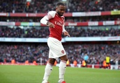 Lacazette and Aubameyang on target as Arsenal see off Everton