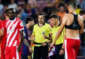 Lionel Messi's angry confrontation with referee after controversial Girona draw