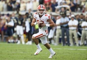 College football notebook: No. 3 Clemson to start freshman QB