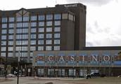 How Canada's Gambling Scene is Rivalling Las Vegas Casinos