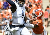 Clemson Football: Xavier Thomas could be one of the best to ever play