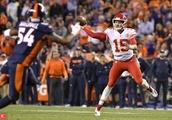 Chiefs stun Broncos with heroics from Patrick Mahomes, Kareem Hunt
