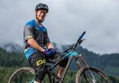 The tech that made pro freeride mountain biker Sam Pilgrim a world champion
