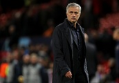 Jose Mourinho Will Carry On at Manchester United Despite Feeling Lack of Support