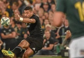 Richie Mo'unga and Ardie Savea reflect on etching their names into All Blacks' history