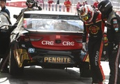 Cramp and a 'driver's red mist' cost Bathurst frontrunner David Reynolds