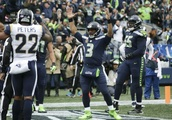 Gurley's 3 TDs keep Rams perfect in 33-31 win over Seahawks