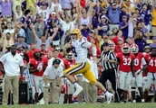 Top 25 roundup: No. 13 LSU upsets No. 2 Georgia in rout