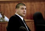 Former teammates describe chilling Hernandez behavior: Report