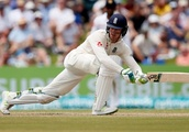 Jennings nears ton as England extend lead in Galle