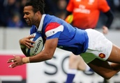 Thomas scores two tries as France beat Argentina 28-13