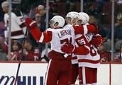 Dylan Larkin scores in OT as Red Wings beat Devils 3-2