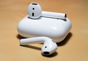 With AirPods 2 rumored, are AirPods safe to buy this holiday season?
