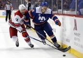 Greiss makes 26 saves, Islanders defeat Hurricanes 4-1