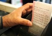 Mega Millions Jackpot Up To $1 Billion; Illinois Lottery Giving Away 1,000 Tickets