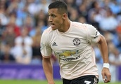 Really? Alexis upset with Man Utd drinks cooler!
