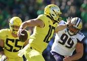 Justin Herbert taking big risk bypassing 2019 NFL Draft, returning to Oregon