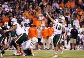 Why did the Miami Hurricanes change quarterbacks against Virginia?