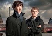 Sherlock Creators Team up With Netflix, BBC for Dracula Miniseries