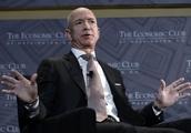 Bezos defends Amazon's work for U.S. government agencies